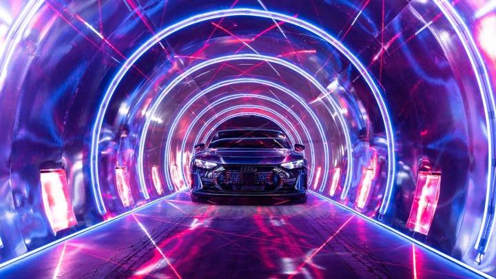 Audi zapowiada prezentacje modelu RS Q e-tron przygotowanego na Rajd Dakar