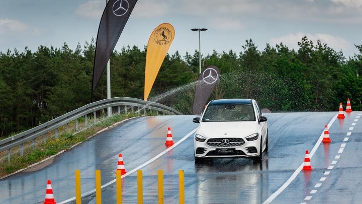 Safety Experience czyli bezpieczeństwo jazdy w praktyce według Mercedes-Benz