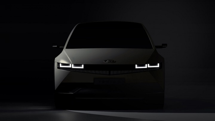 Hyundai IONIQ 5 zapowiedź w pełni elektrycznego modelu