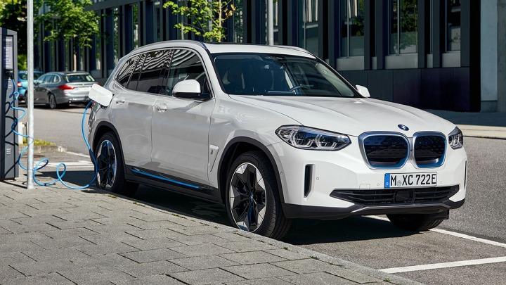 Premiera w pełni elektrycznego nowego modelu BMW iX3