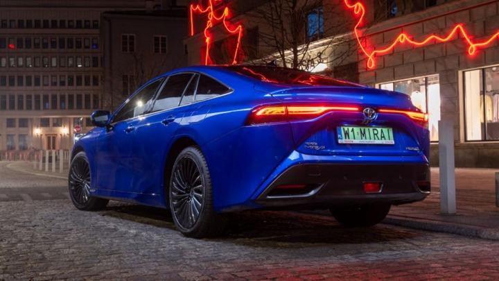 Nowa Toyota Mirai debiutuje w Polsce