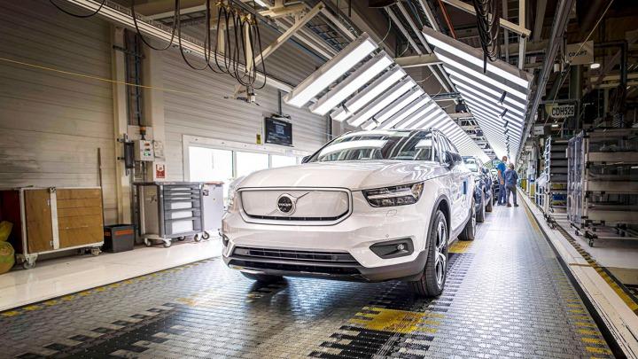 Volvo Cars rozpoczyna produkcję w pełni elektrycznego XC40 Recharge