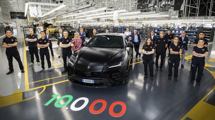 Lamborghini świętuje wyprodukowanie 10 tysięcy sztuk modelu Urus