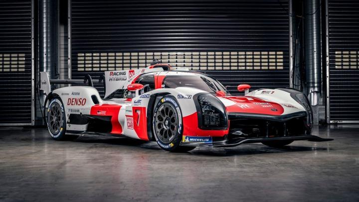 TOYOTA GAZOO Racing prezentuje hipersamochód GR010 HYBRID