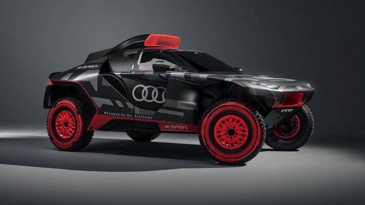 Premiera Audi RS Q e-tron