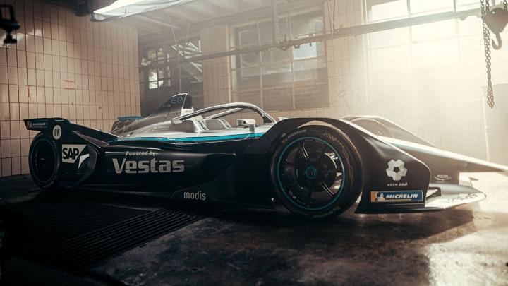 Mercedes-Benz EQ Silver Arrow 02