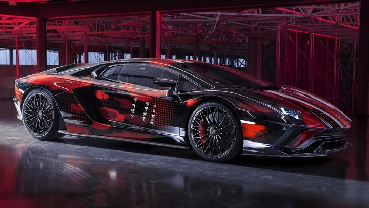 Lamborghini świętuje wielkie otwarcie Lamborghini Lounge Tokyo