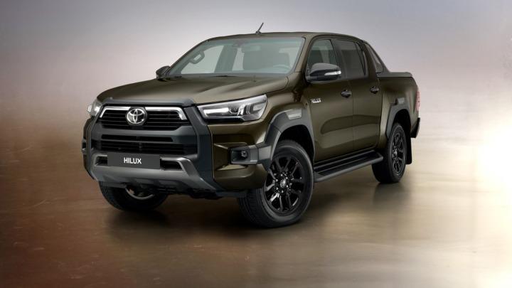 Nowa Toyota Hilux 8. generacji w wersji Invincible