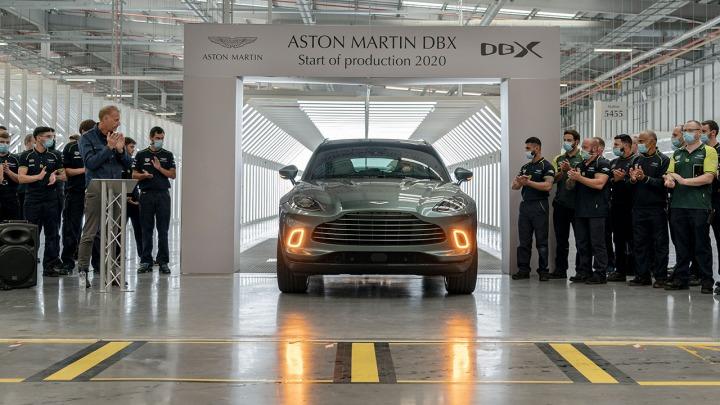 Pierwszy Aston Martin DBX zjeżdża z linii produkcyjnej