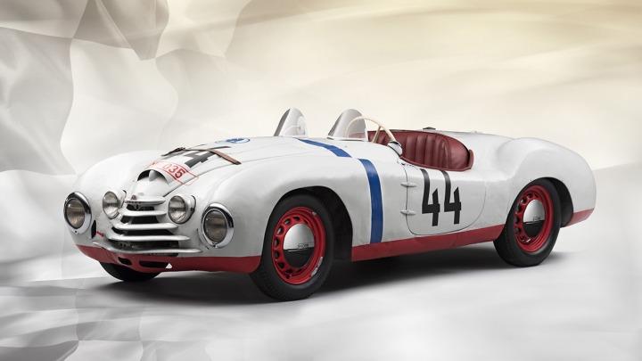 ŠKODA w jedynym starcie w słynnym 24-godzinnym wyścigu Le Mans