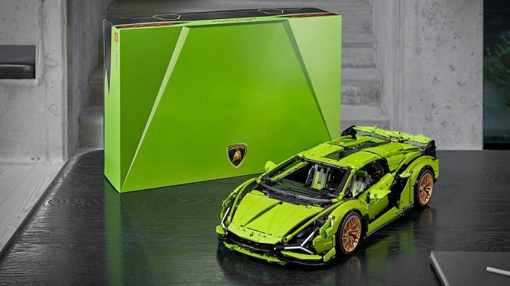 Teraz Lamborghini Sián FKP 37 dostępne dla każdego w zestawie LEGO Technic