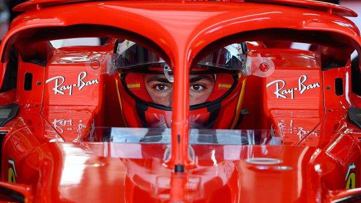 Bolid Ferrari SF21 pierwsze odpalenie silnika