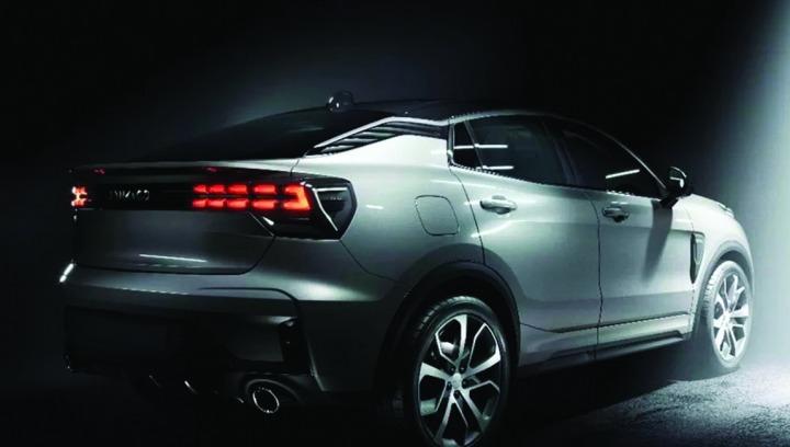 Lynk & Co oficjalnie wprowadził na rynek zupełnie nowego SUV-a coupe