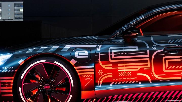 Posłuchaj całkowicie elektrycznej ścieżki dźwiękowej Audi E-Tron GT