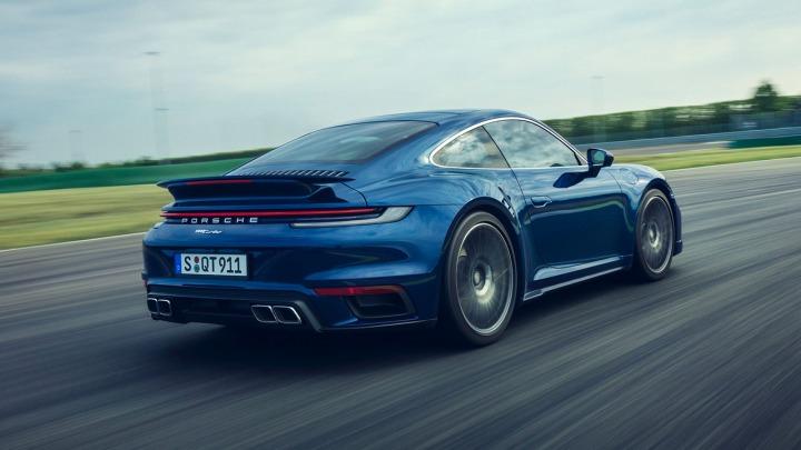 Porsche 911 Turbo kwintesencją wyczynowego samochodu sportowego od 45 lat teraz jeszcze lepsze