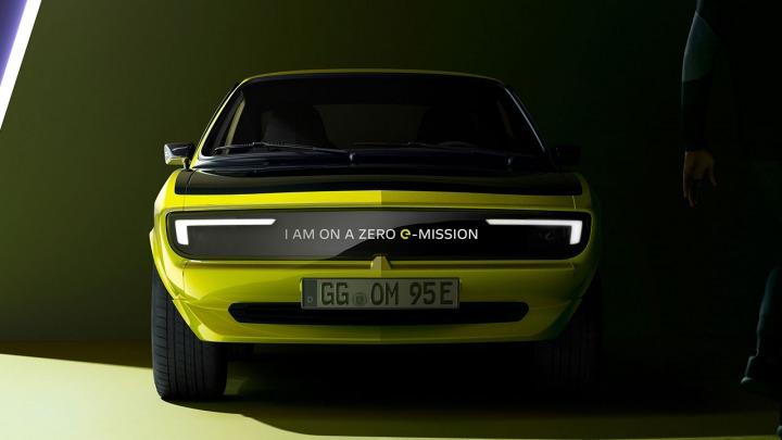 Nowy Opel Manta GSe ElektroMOD