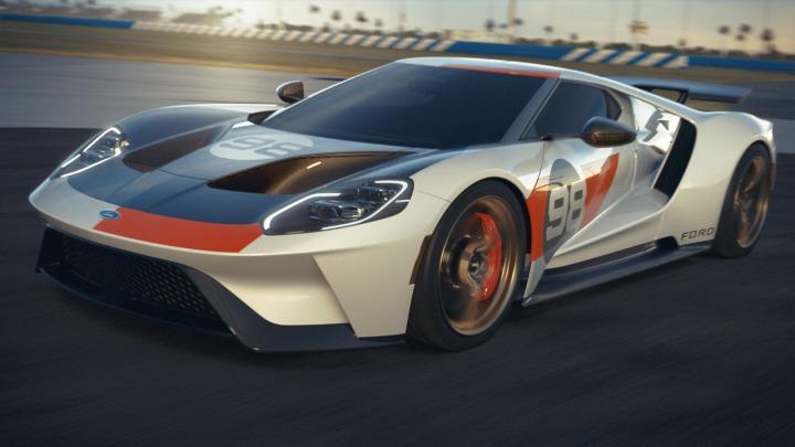 Ford Performance prezentuje nowego Forda GT Heritage Edition