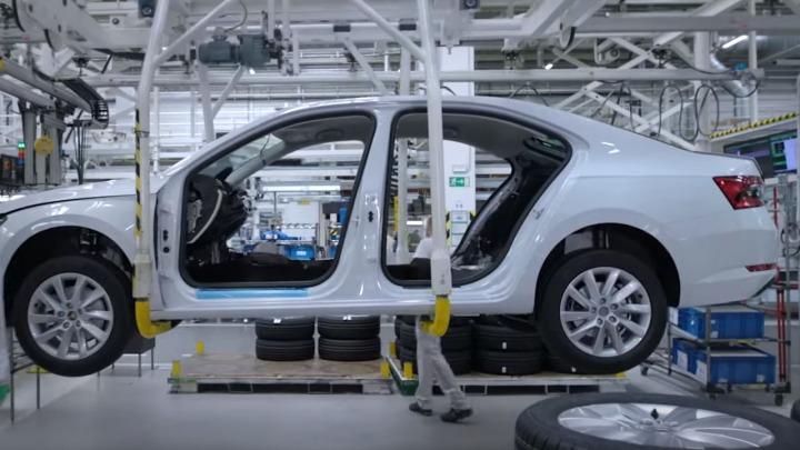 Zobacz jak Skoda produkuje swoje samochody