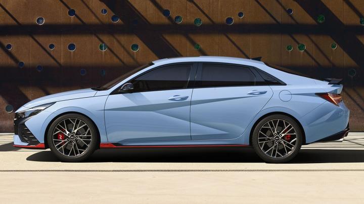 Gorący sportowy sedan. Hyundai prezentuje premierę modelu ElantraN