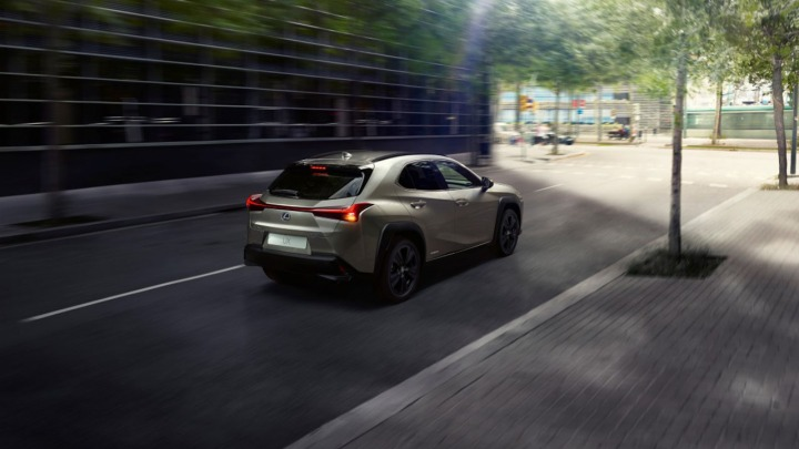 Lexus UX w nowej wersji F IMPRESSION