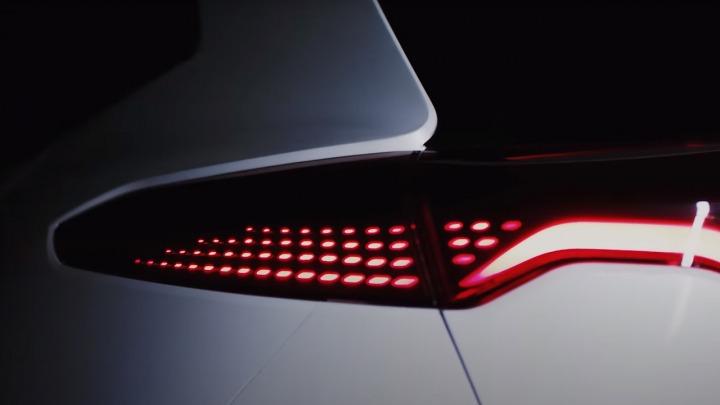 Pierwszy polski samochód elektryczny, pierwszy zwiastun wideo