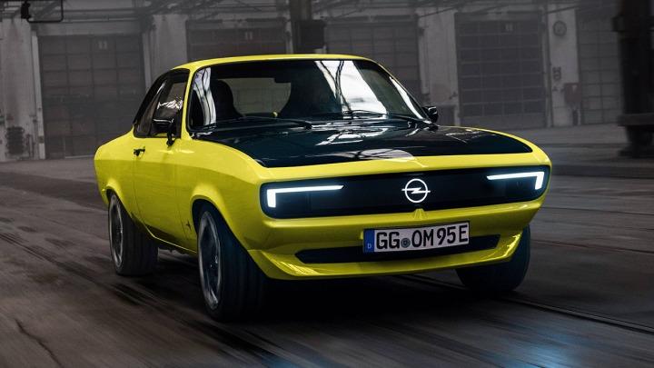Klasyczny i nowoczesny Opel Manta GSe ElektroMOD