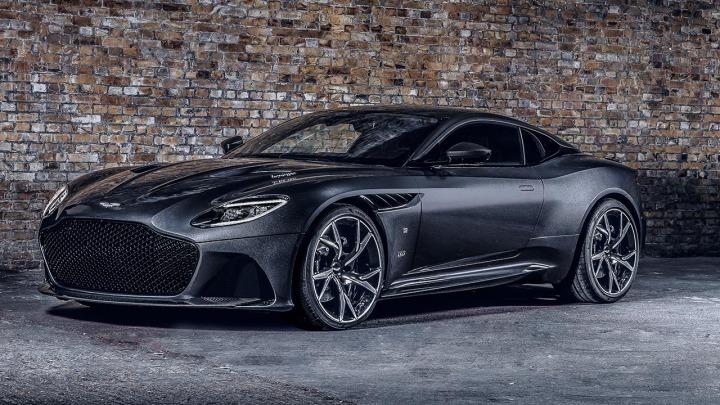 Aston Martin świętuje premierę 25. filmu o Jamesie Bondzie
