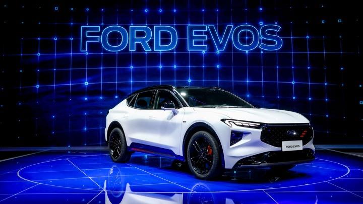 Całkowicie nowy SUV Ford EVOS