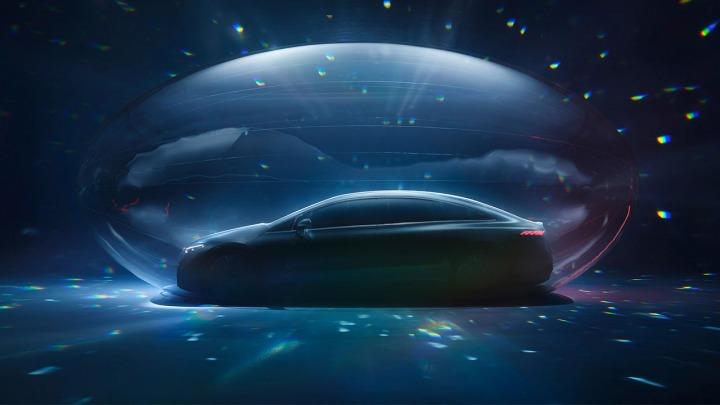 Mercedes-EQ zaprezentuje w pełni elektryczną luksusową limuzynęEQS
