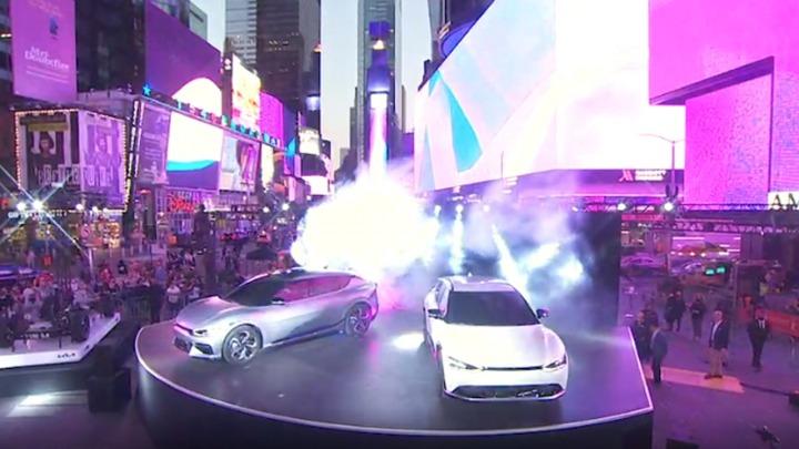 KIA EV6 debiutuje na Times Square